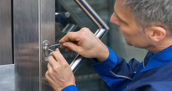 Why you need choose a licensed locksmith service
